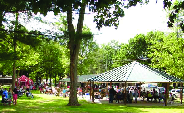 Bellevue Park:Farmers Market